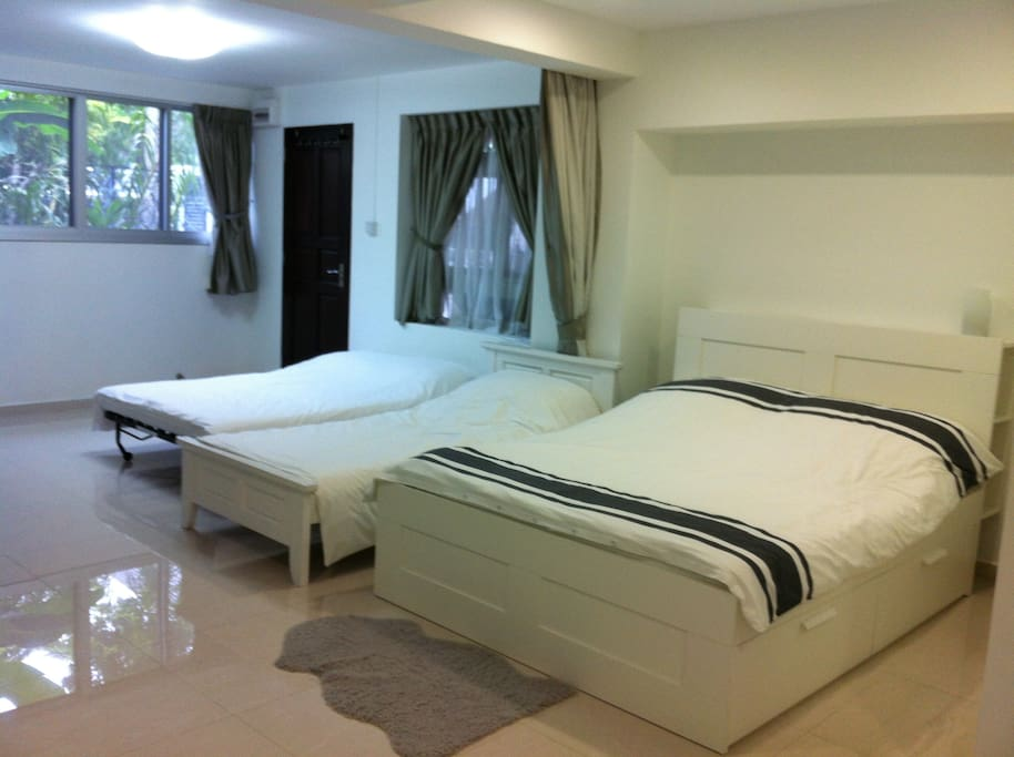 you can also have a Queen-sized bed, a Single bed and a Sofa converted into a Double-bed for 4 to stay comfortably.