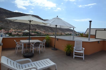 Recenlty built new,sunny apartment in Puerto Mogan - Mogán - Daire
