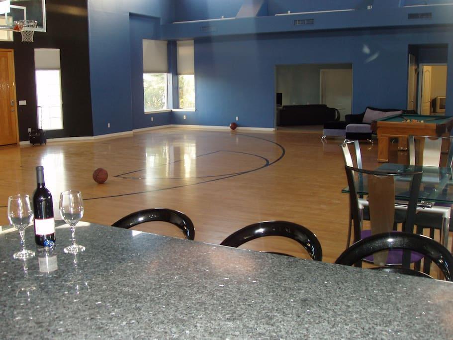 Kitchen Bar & Great Room/Basketball Court