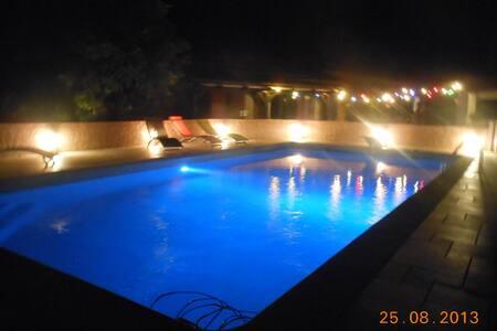 Appartement dans villa avec piscine - Vidauban - Leilighet