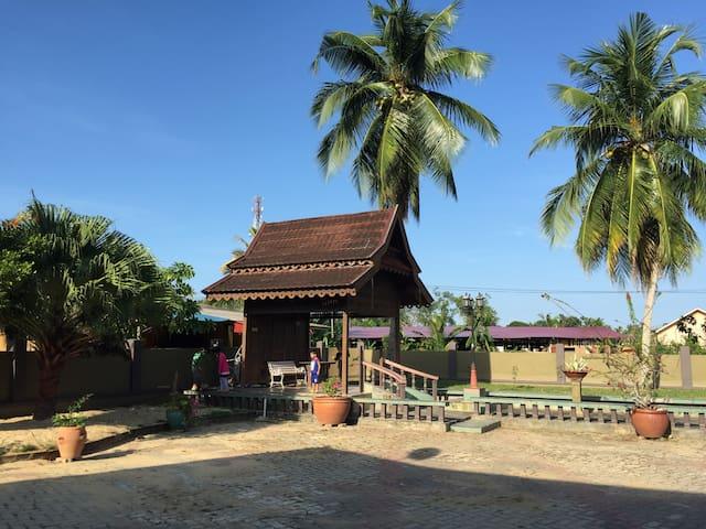 Anjung @ Titi Villa - Kuala Terengganu - House