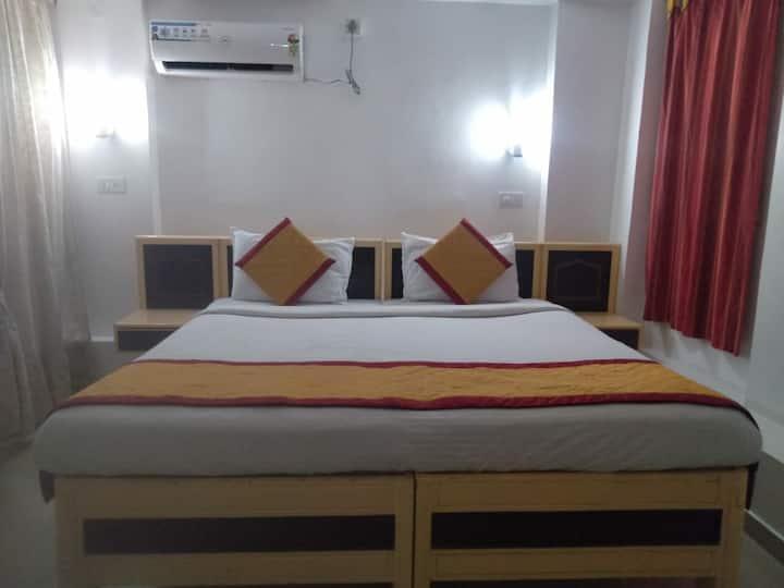 Bengaluru Airport Room with Breakfast
