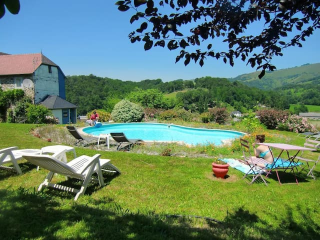 chambre au coeur du  pays basque - Sauguis-Saint-Étienne - Oda + Kahvaltı