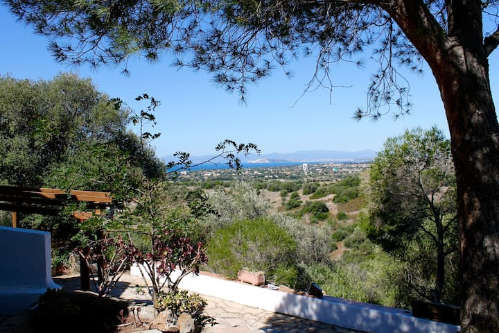 Flat on a hill with a stunning view - Quartu Sant'Elena - Byt