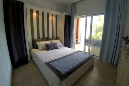 Alterra Vita: Summer Apartment for 4, N.Marmaras - Neos Marmaras - Apartemen