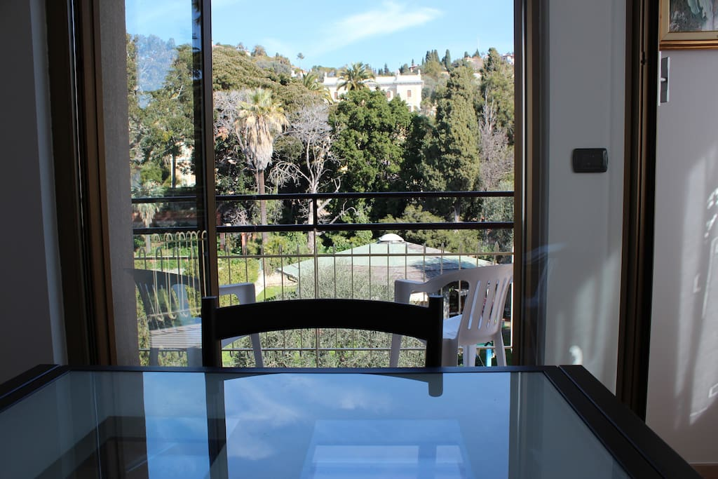 Sitting room, view over the hills and the Via Romana