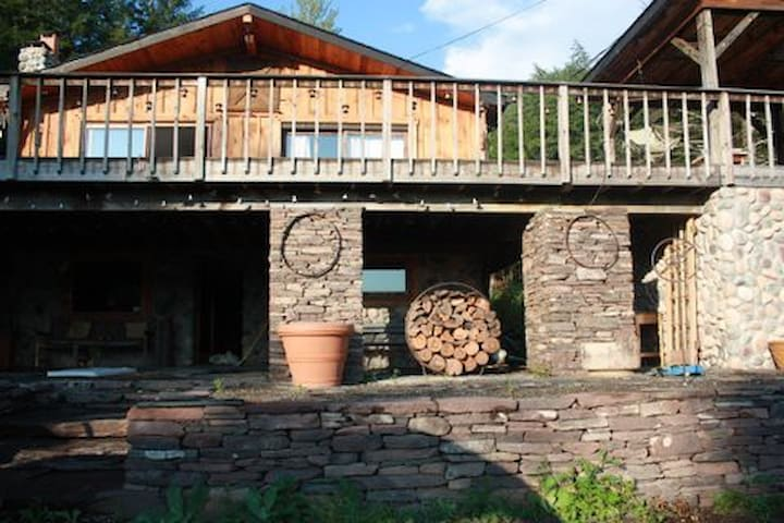 STUNNING SECLUDED CUSTOM LODGE - Lexington - Sommerhus/hytte