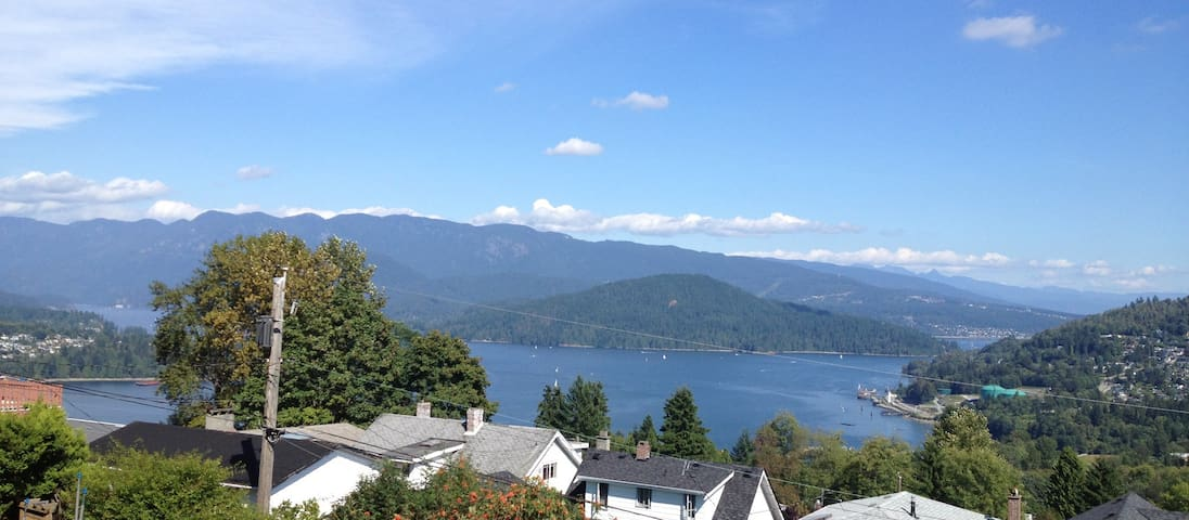 5 BDR, Incredible Views, West Coast Style