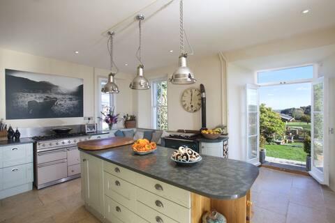 Devon Country Home,  garden & hot tub. Dartmoor