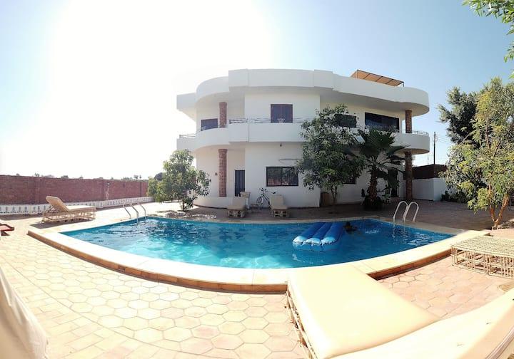 Villa Elhag - Nile View Apartment Ground Floor