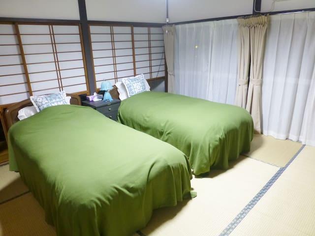 ベットルーム① bedroom①
