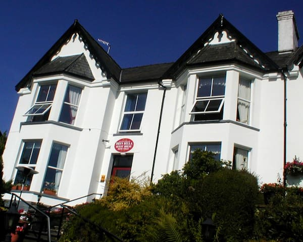 King Size ensuite room in Snowdonia - Betws-y-coed - Bed & Breakfast