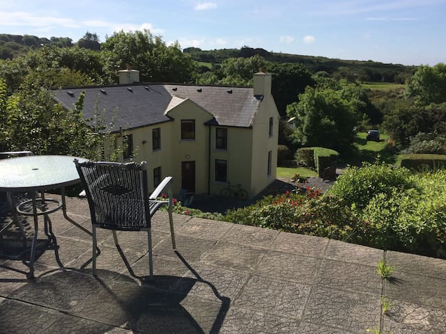 West Cork Getaway - Ballydehob - Apartment