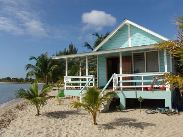 Beach Cabanas (playa) - Placencia - Stuga