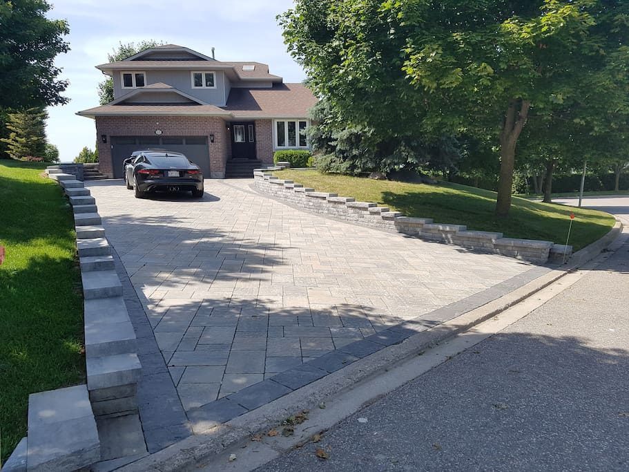 Driveway can fit up to 6 cars!