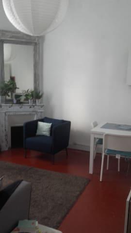 Maison avec jardin ensoleillée - Marseille - Haus