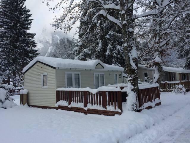 MOBIL HOME GRAND CONFORT 4 PERS dans camping 3*