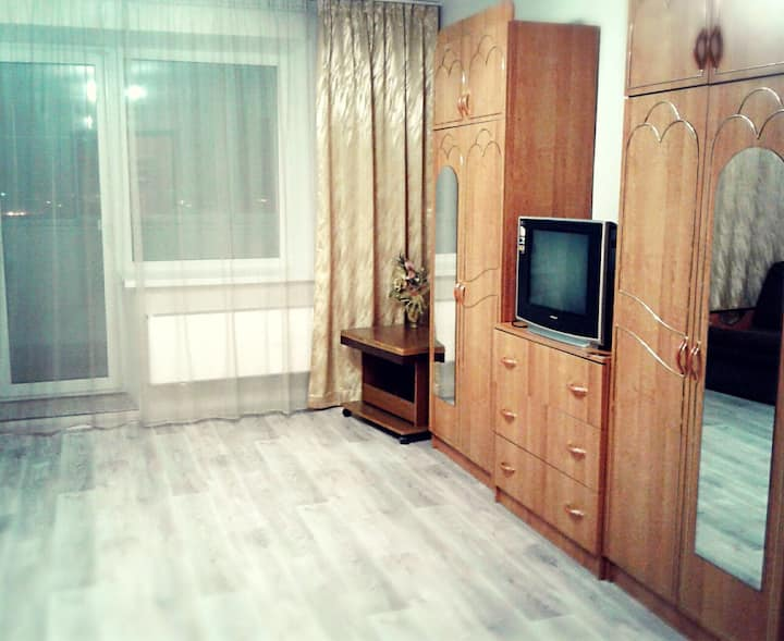 Теплая квартира, с шикарным видом, в центре Миасса