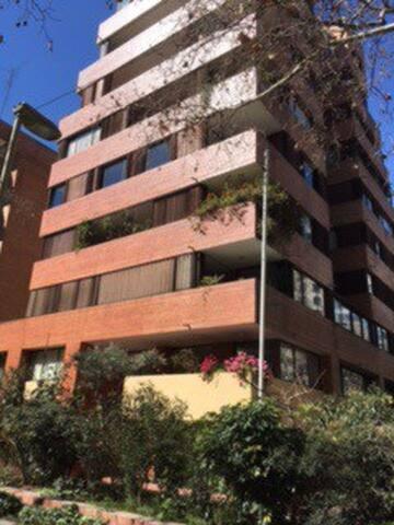 departamento zona el golf - Santiago - Apartemen