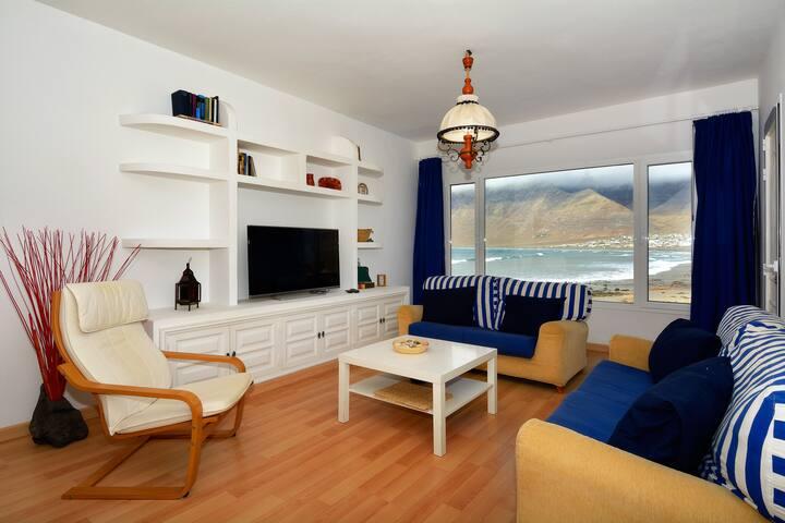 Superab Location FirstLine Famara right to the sea - Caleta de Famara - Villa