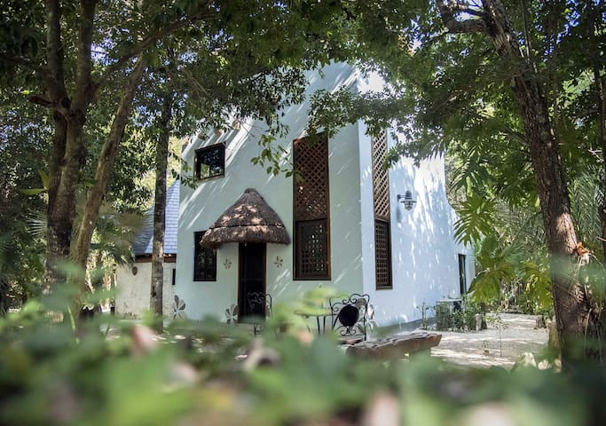 Casa Magica, a Mindfulness Stay