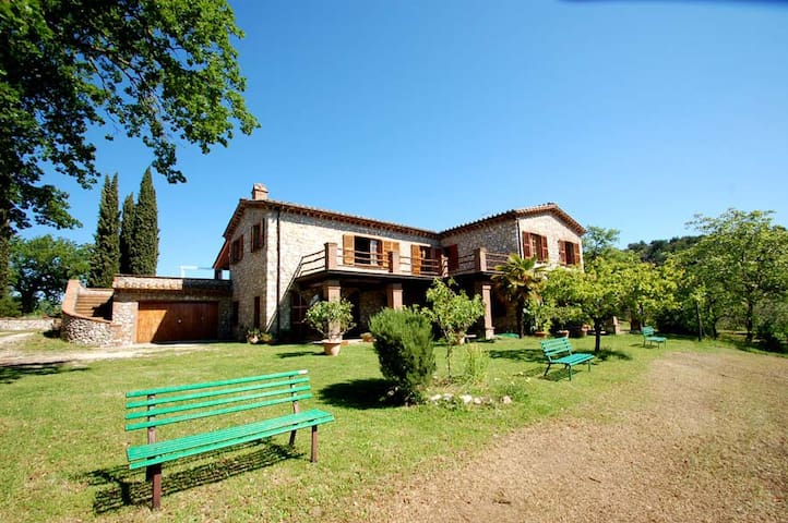 Villa Gianfranco, detached villa with private pool - Moricone - House