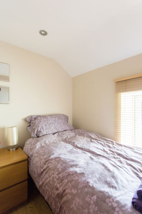 """Small second bedroom 5ft5"""" by 6ft 6"""""""