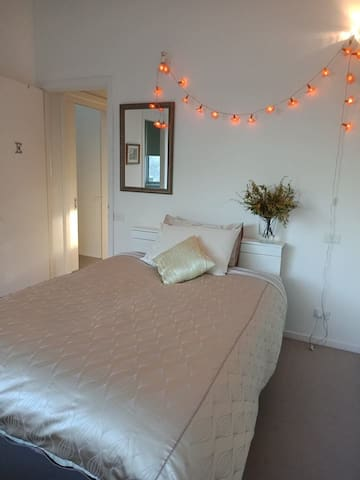 Bedroom for female guests in North Carlton