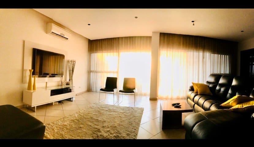 Indic Ocean Penthouse SantaCruz Lux apartment