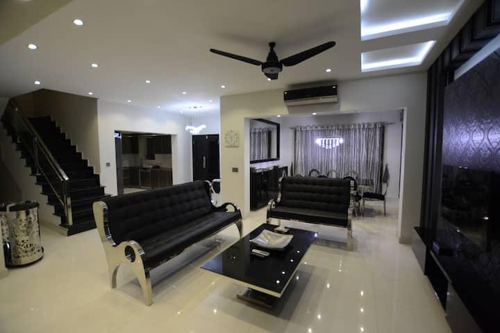 Icon Luxury Suites