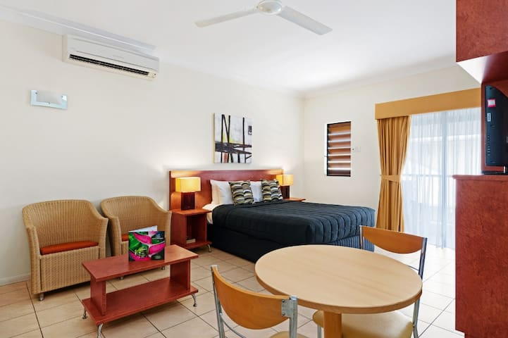 Relaxing Studio Room in Cairns