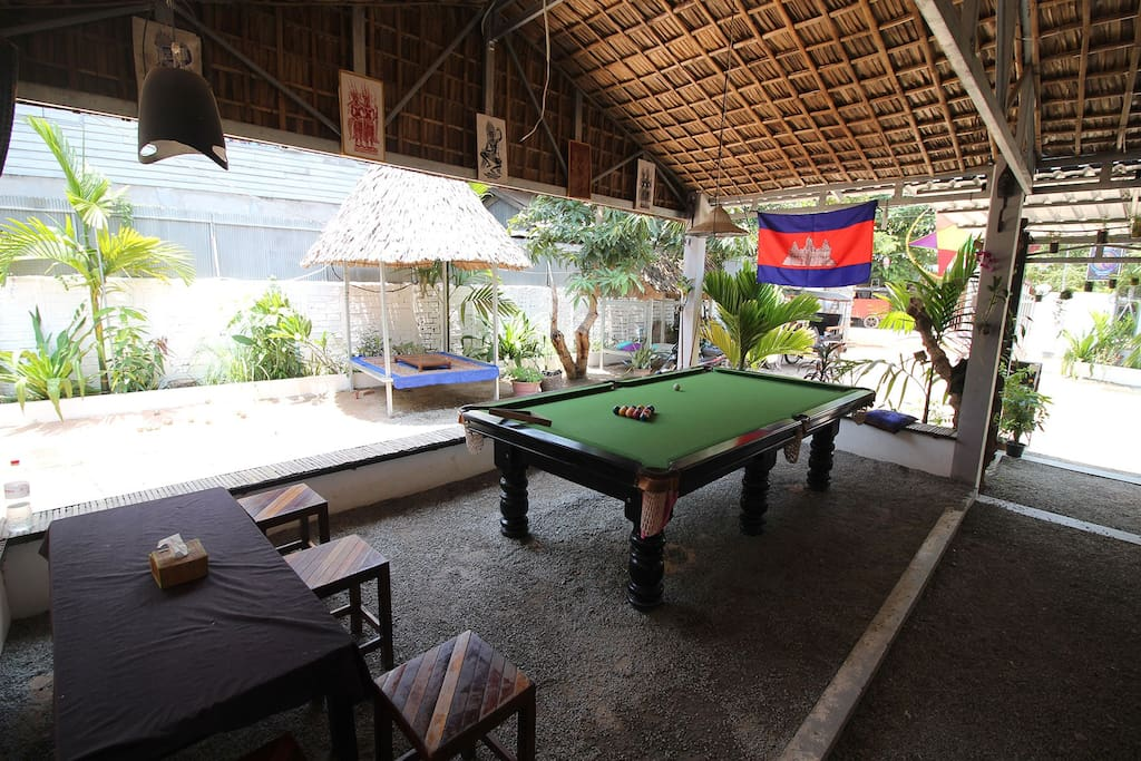 Play Pool!