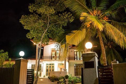 The breeze pinnawala homestay