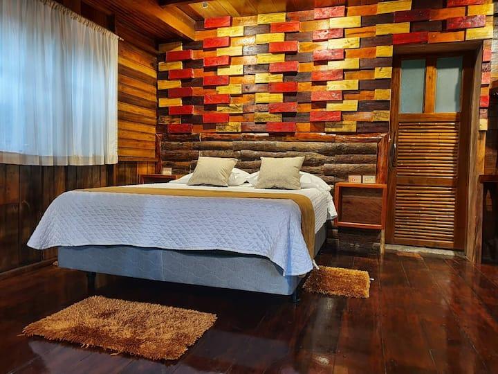 Cabaña, piscina, hidromasaje, sauna y turco