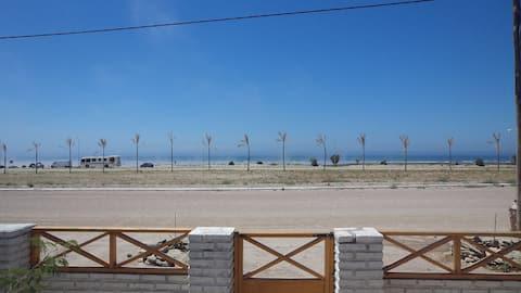 "Cálida casa frente al mar - ""Villa Moll"""