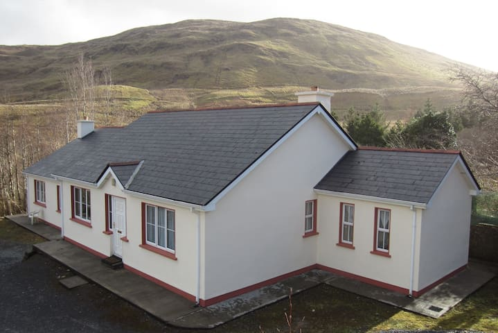Killary Fjord Apartment - Leenane - Apartament