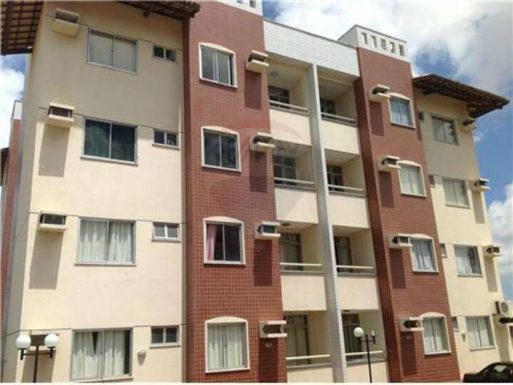 Apartamento próximo ao Castelão