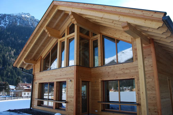 Alpenspaß: Genieten in luxe nabij de skipiste - Mallnitz - Huvila