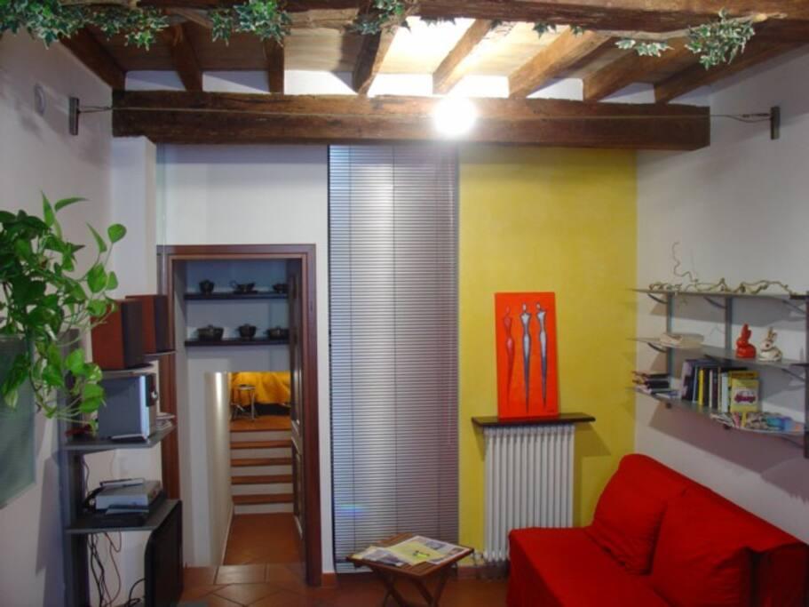 Appartamento xx settembre appartamenti in affitto a for Appartamenti arredati in affitto a parma