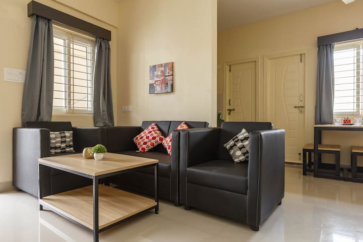 Entire 2 BHK with Homely Feel @ BROOKEFIELDS