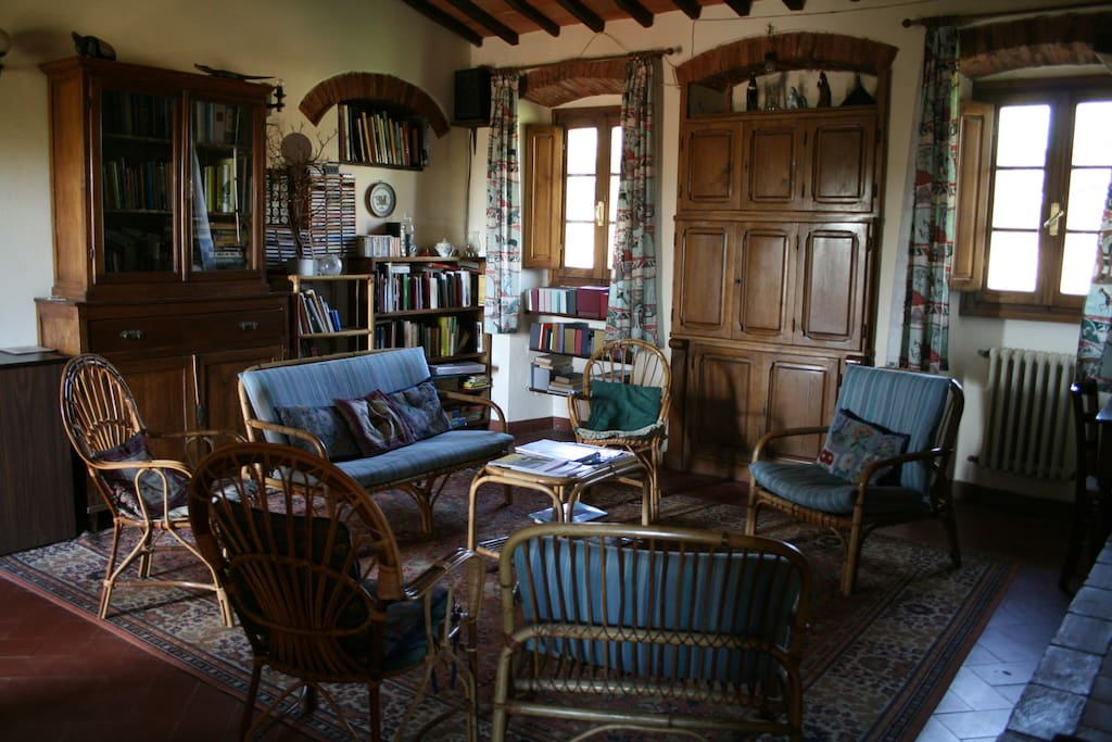The sitting room where you can stay at ease, with a library of English and Italian books, and classical music.