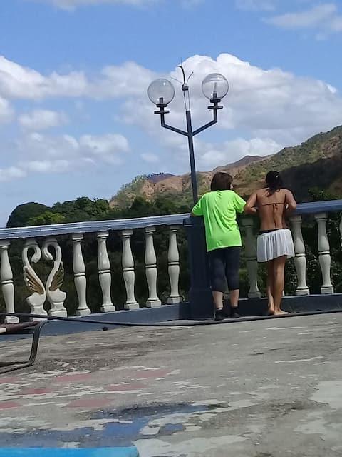 Alojamiento en Chuspa, bellas playas y rios.
