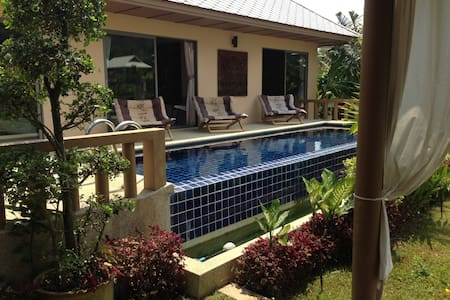 Villa Casa Resort with private pool - タラーン