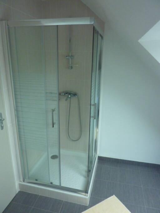 une douche.
