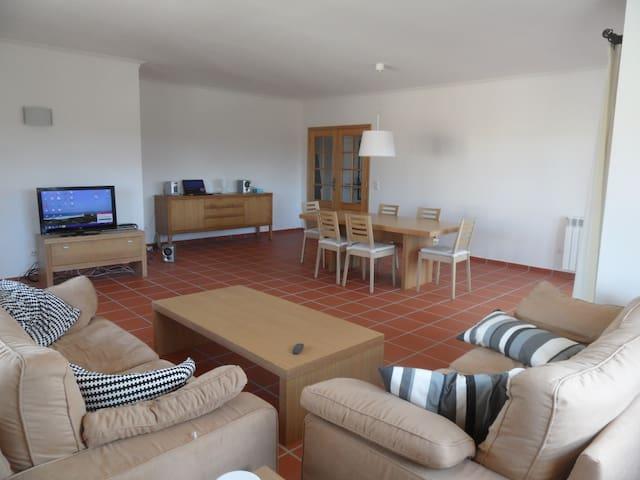 6 Bedroom Apartment Praia d'el Rey - Obidos - Apartemen