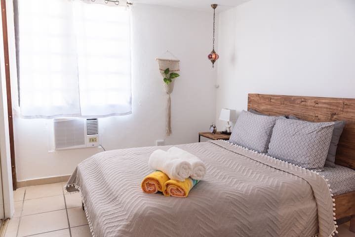 Quiet & peaceful room, very comfy too.