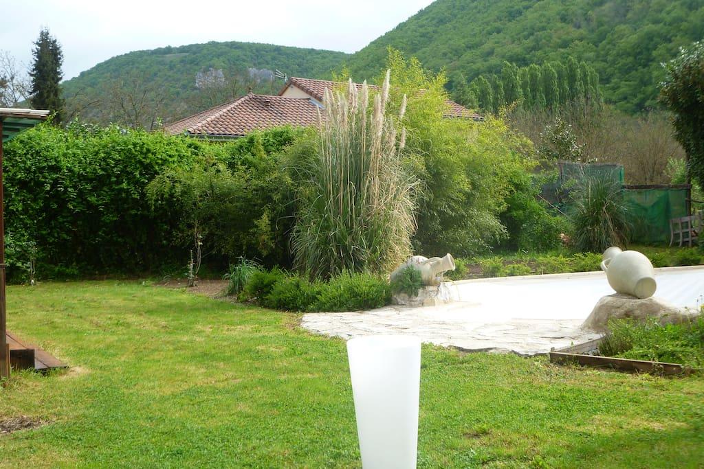 Vue jardin de la Terrasse  de la suite Artésienne 2