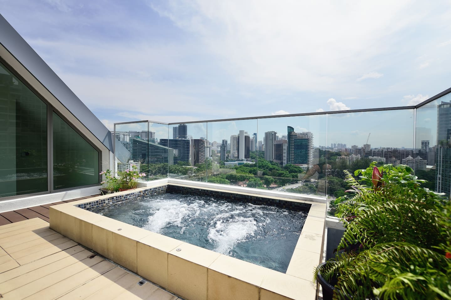 Jacuzzi with Orchard View