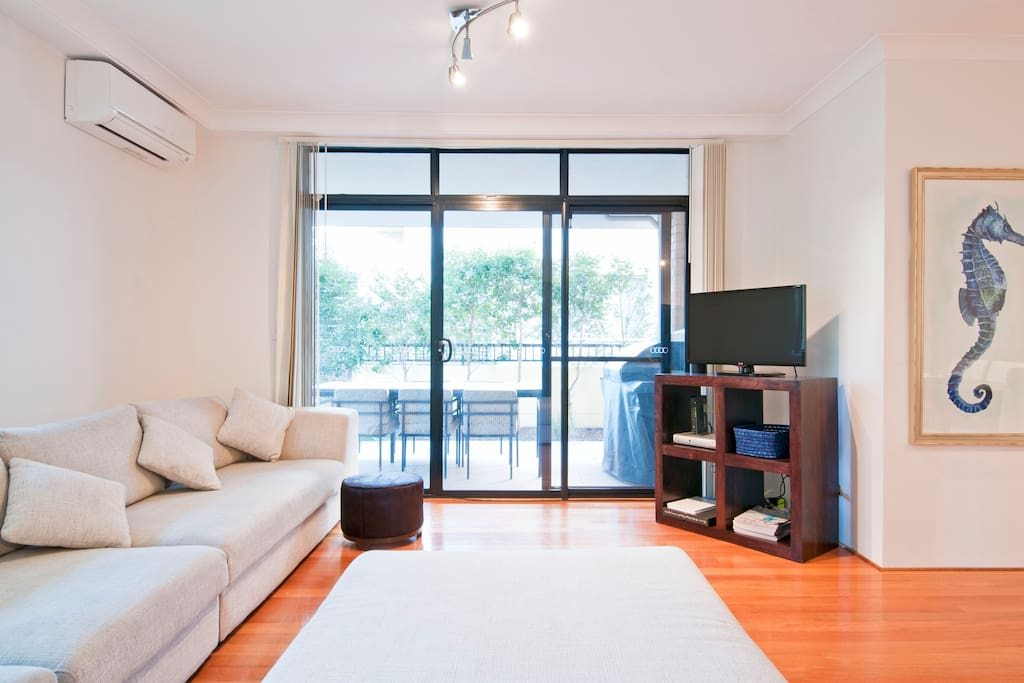 Garden apt 400m to Bondi Beach!