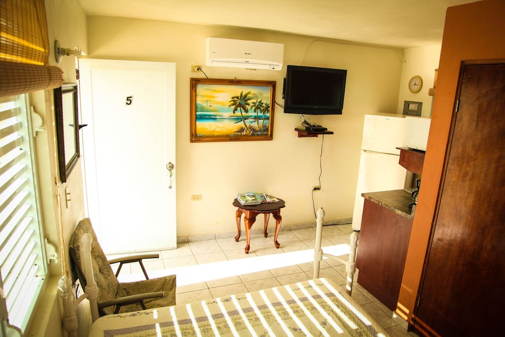 Spacious Room to relax, watch some morning news on your bed and head out to Beautiful Culebra.